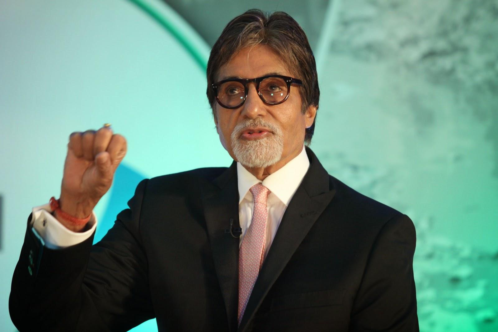 Amitabh Bachchan At Launch Of Dettol Banega Swachh India