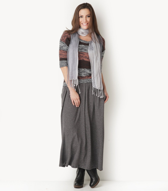 8f187e42945f Η γυναίκες που έχουν ύψος με τις μακριές φούστες που φέτος είναι και στη  μόδα και το καλοκαίρι σίγουρα θα κλέψουν όλα τα βλέμματα!