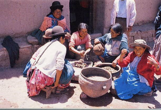 die Frauen beim Kochen