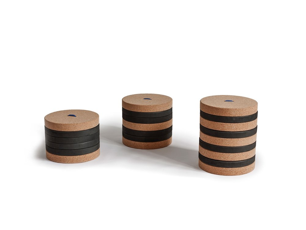Modular and adjustable stool