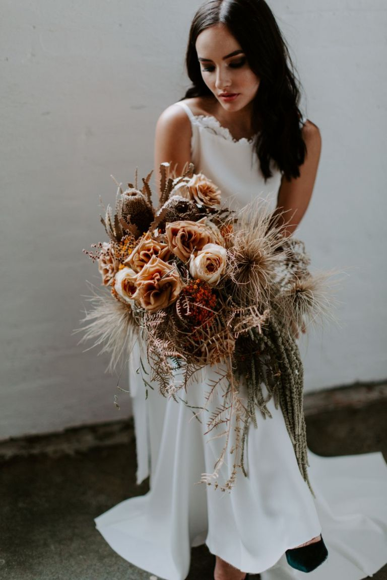 WEDDING FLOWERS PERTH BRIDAL BOUQUET INSTALLATIONS Samantha Simone Photography
