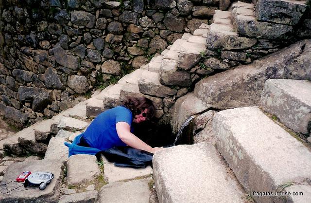 Fonte de água em Machu Picchu
