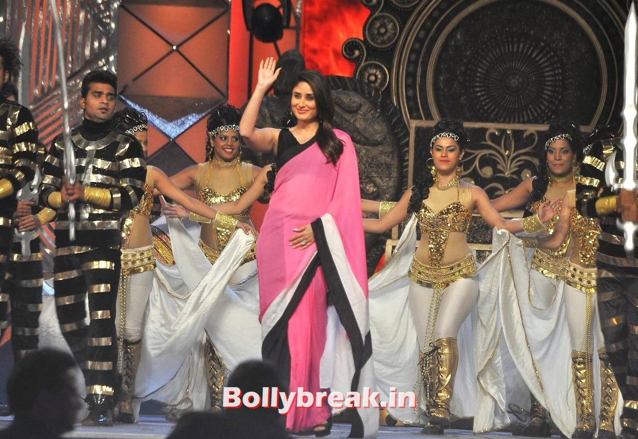 Kareena Kapoor, Bollywood Stars performing on stage at Police Umang 2014 - HD Pics