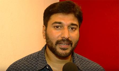 Dhuruvangal Pathinaaru – D16   Rahman Thanks Actor Vijays Mother