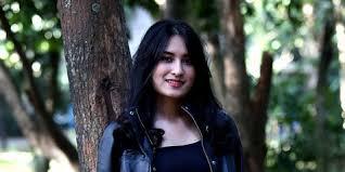 Cerita Angbeen Rishi tentang Kisah Cinta Barunya dengan Adly Fairuz