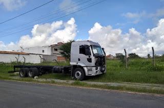 Caminhão roubado no Pernambuco é recuperado em Sergipe
