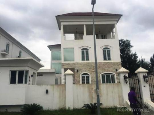 Linda Ikeji finally tells us when she is getting married, plus her house is actually N800M
