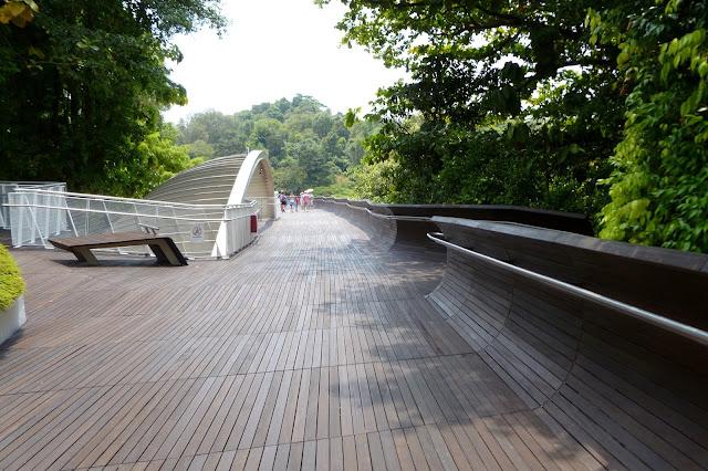 Drewniany most w Singapurze
