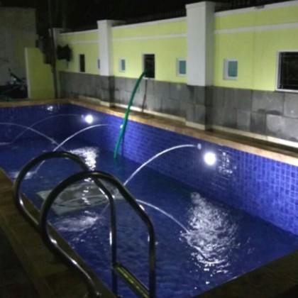 Kontrak pembuatan kolam renang di Dharma Husada Surabaya City