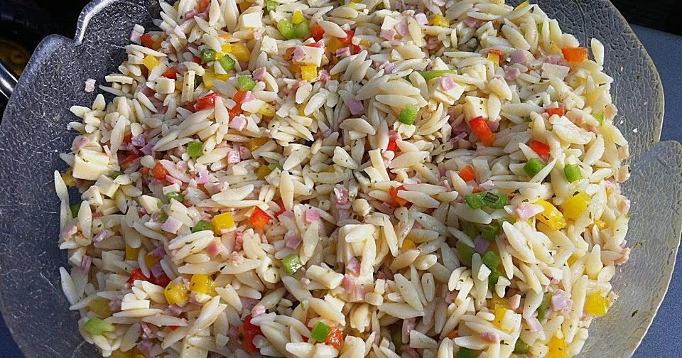 beste rezeptesammlung paprika nudelsalat schneller salat f r hei e tage partys oder grillen. Black Bedroom Furniture Sets. Home Design Ideas
