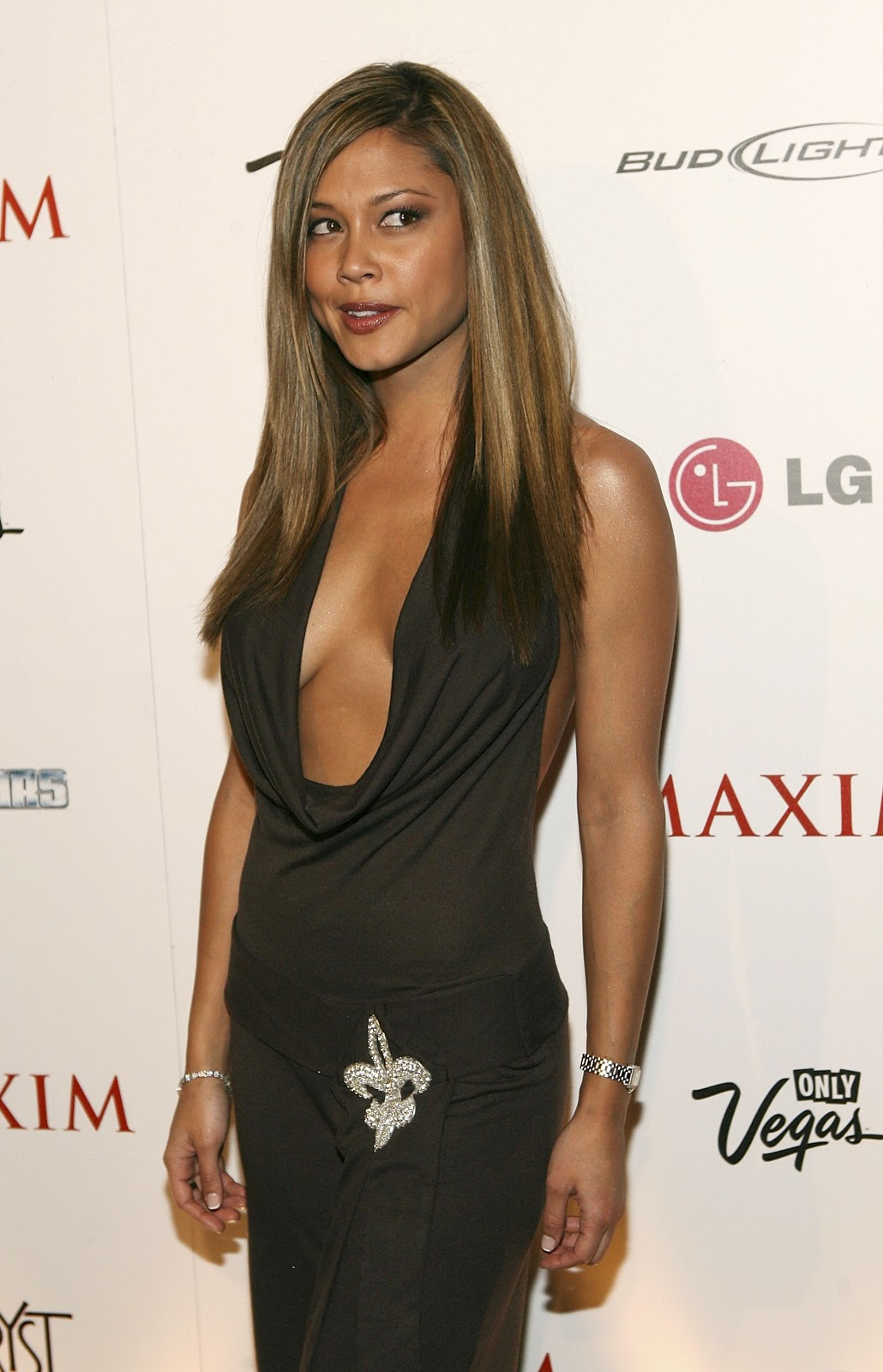 A Look at Unbelievably Sexy Actress Vanessa Minnillo