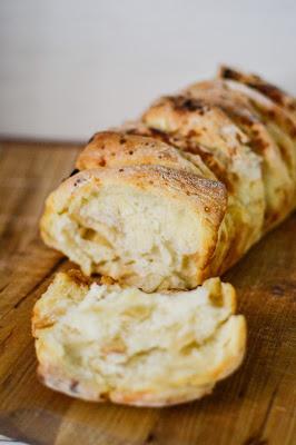 Leberkassemmel und mehr: Süßes Apfel-Zimt-Pull-apart-Bread