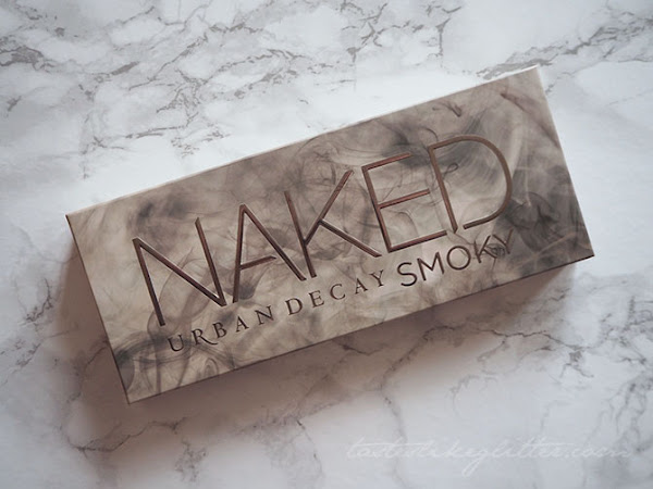 Urban Decay Naked Smoky Palette.