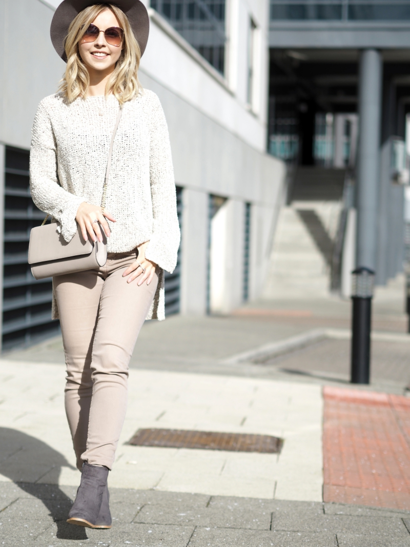Top Blogger trends this spring pink jeans neutral nude colour pastel pallete