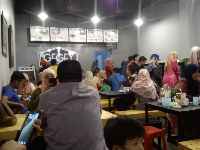 Restoran Hipster di Dengkil