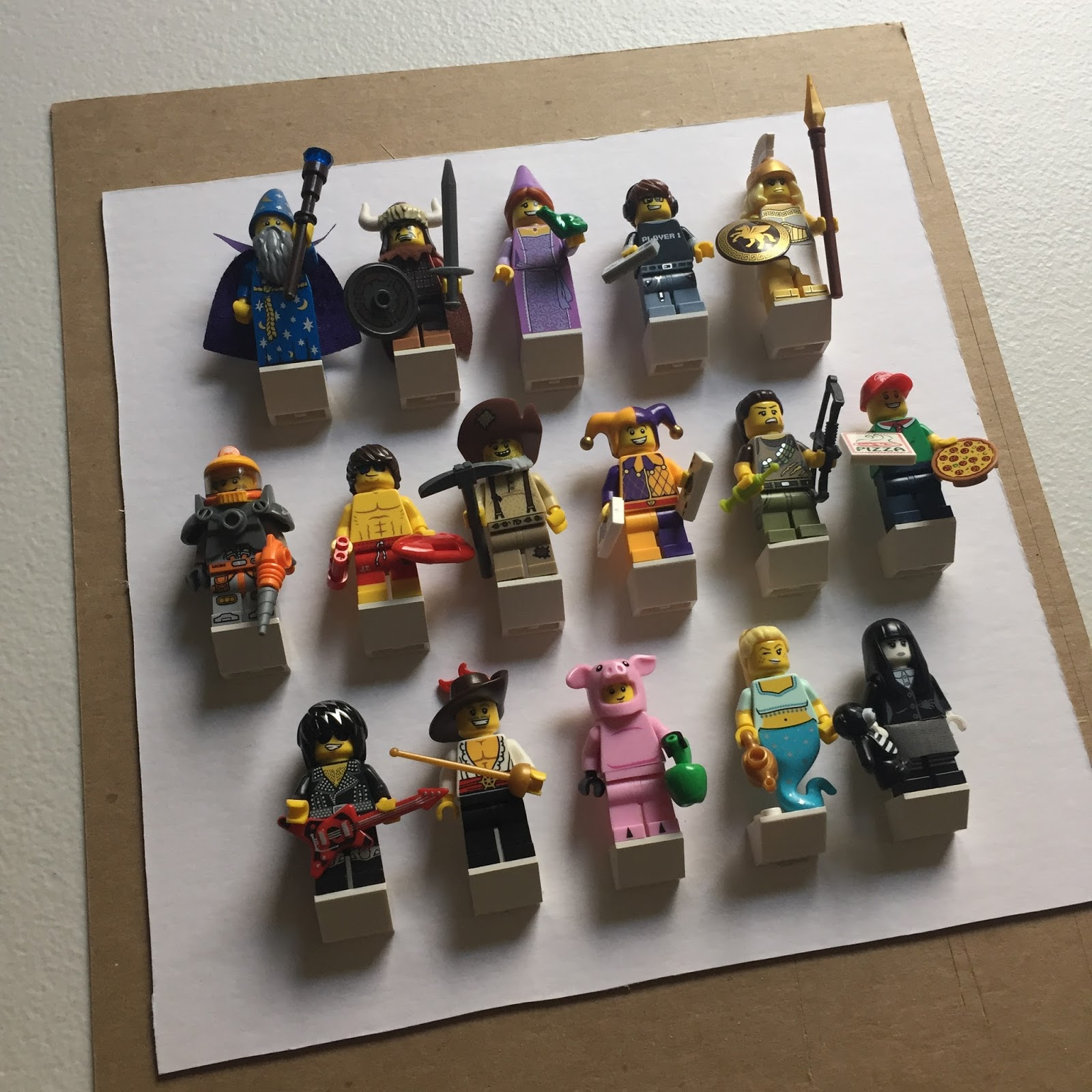 Rambling Introspection: DIY LEGO Collectable Minifigure Display with ...