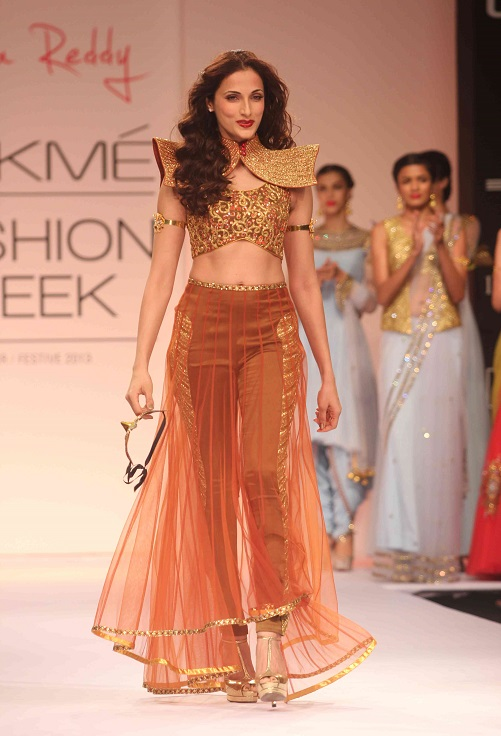 Fashion Designer Outfits Shilpa Reddy Show At Lakme Fashion Week Winter Festive 2013