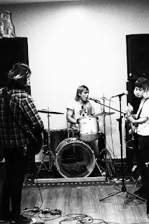 https://abusobogota.bandcamp.com/album/silla-el-ctrica-va-punk-colombia-2018