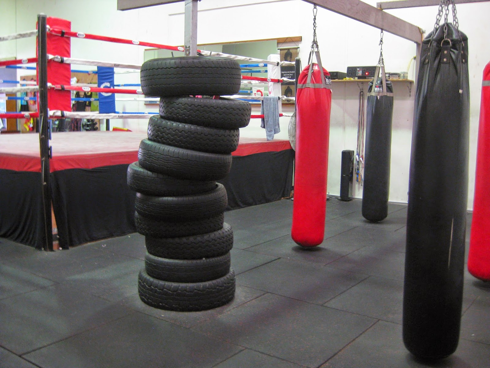 All Kinds Of Boxing Mma Muay Thai Kickboxing Punching Kicking Bags Available In Very Price The Best Quality Multipurpose