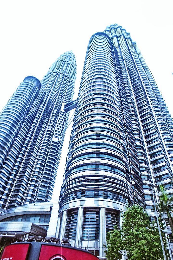 Twin Towers, Sigma Zoom Gamma 21-35mm F3.5~4 03
