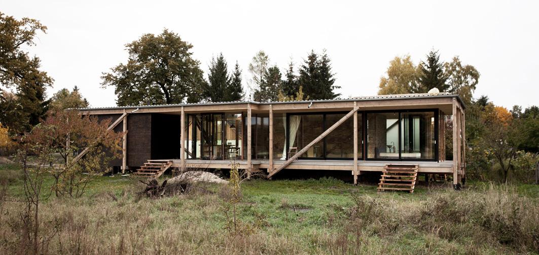 le container peter grundmann dav. Black Bedroom Furniture Sets. Home Design Ideas