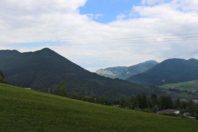 Dejando atrás Ruzomberok, camino de Vlkolínec