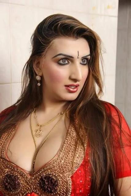 Tamil aunties pundai photos