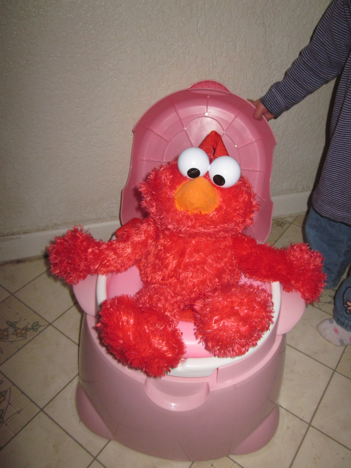 elmo on potty