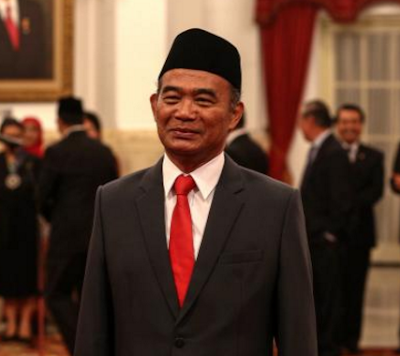 Presiden Jokowi Titip Dua Pesan Kepada Muhadjir Effendy