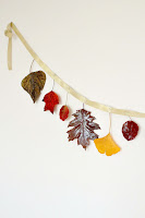 http://theseamanmom.com/diy-fall-garland/