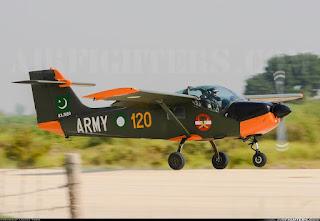 Pesawat Latih MFI-17 Mushshak