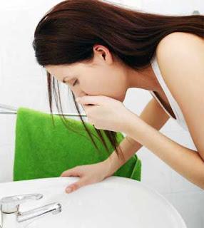 Mengapa ibu hamil muda sering mual-mual ?
