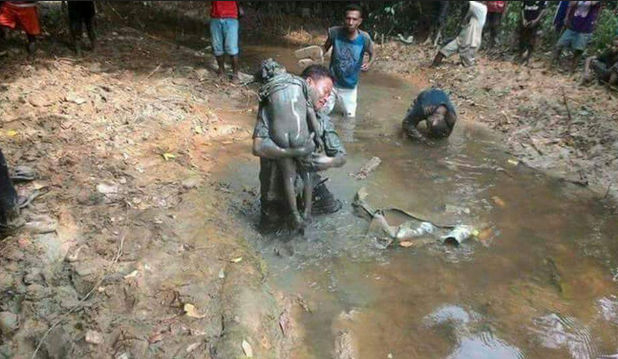 Hasil gambar untuk pembunuhan sadis bocah 4 tahun yang dikubur dalam lumpur