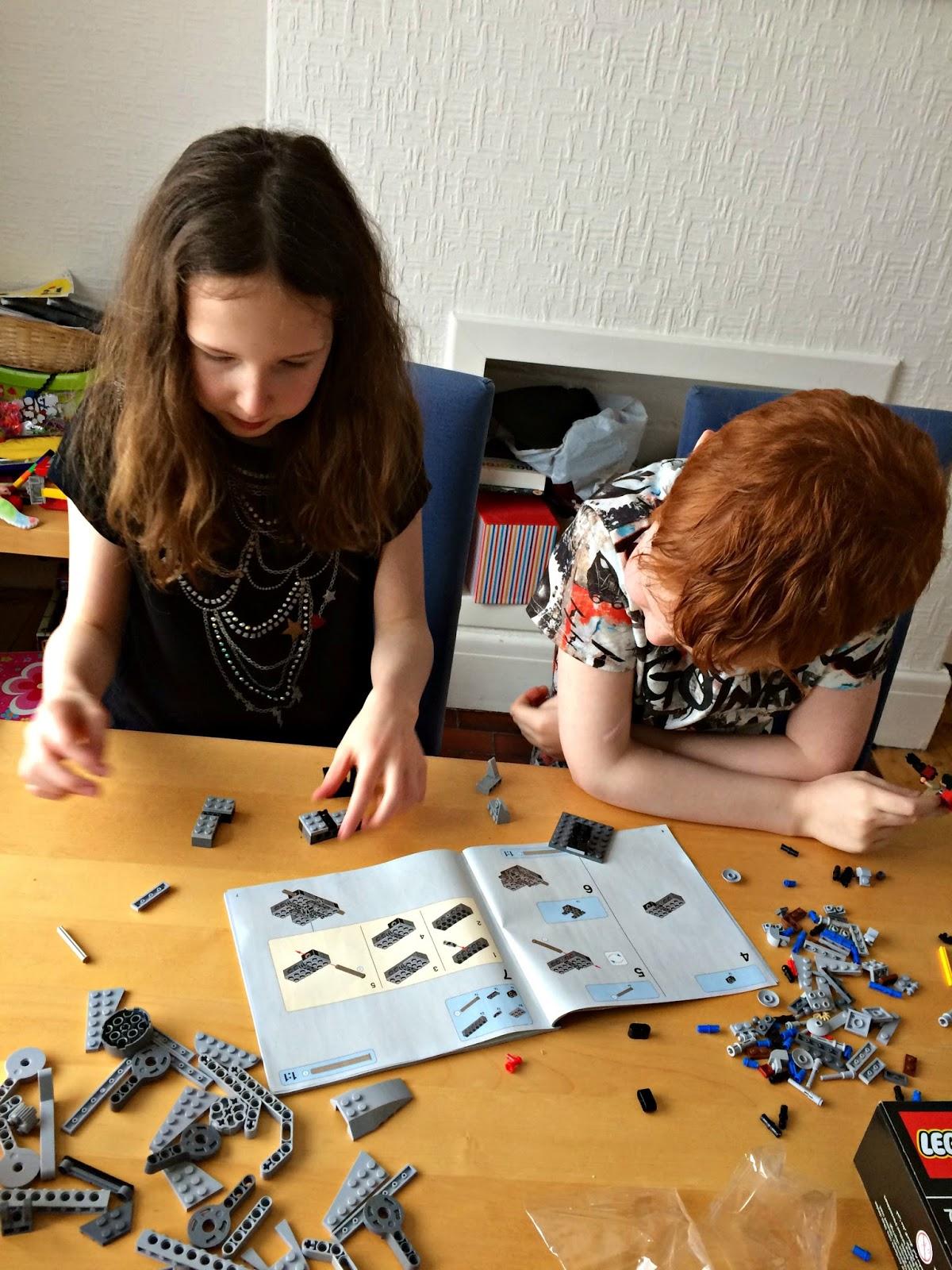 The build goes on - Lego Star Wars R1 AT-ST Walker 75153 Building Set