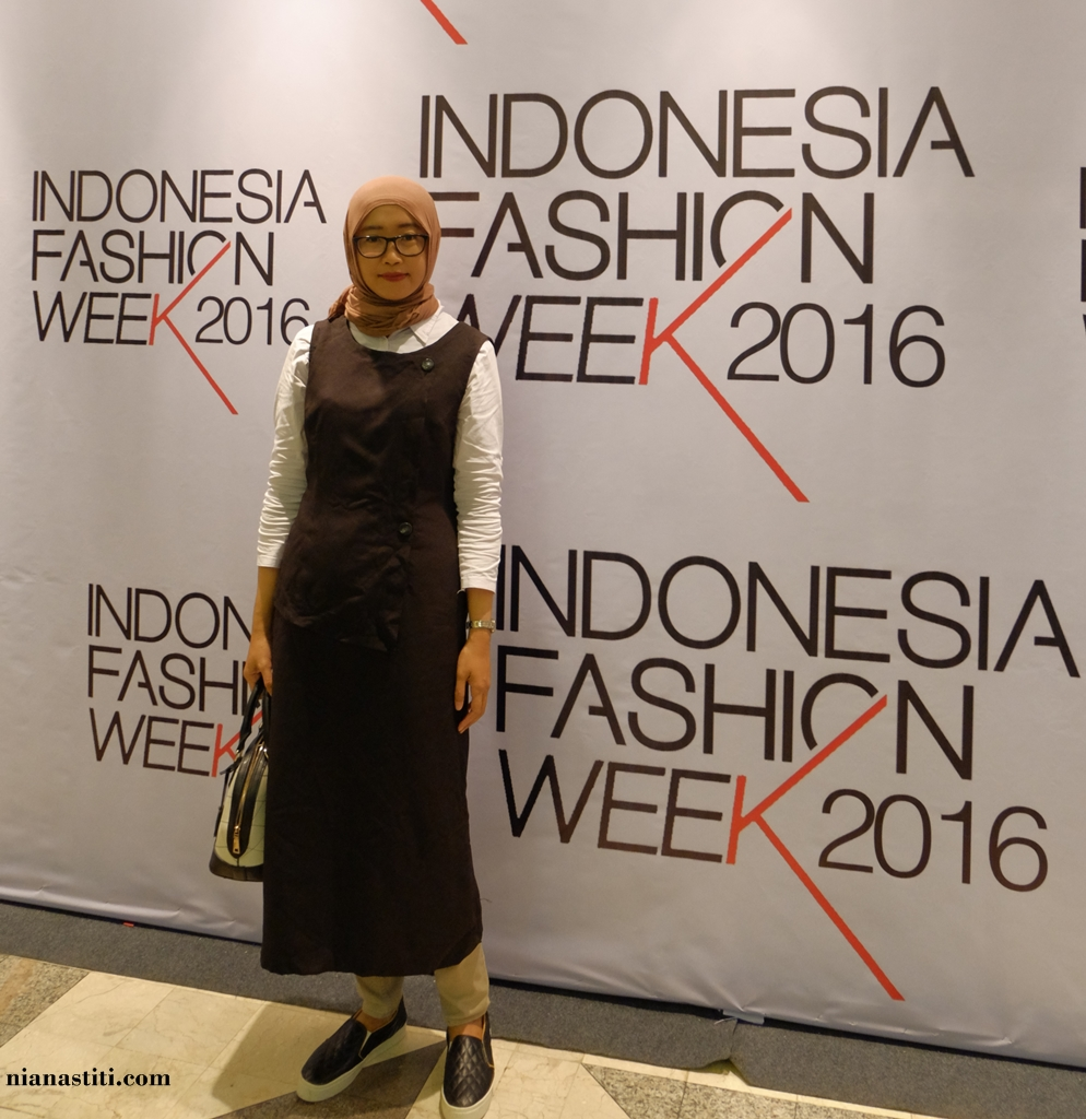 Style Diary: Preppy Look For IFW Day 2