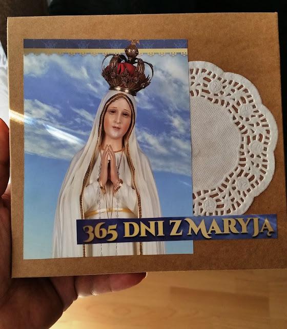 Różaniec 365 dni z Maryją
