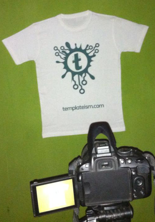 Templateism T-Shirts with DSLR