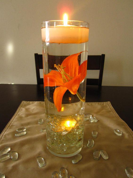 Aprende c mo hacer centros de mesa con velas y flores flotantes - Centros con velas ...