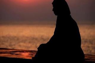 10 Sifat Istri yang Mendatangkan Rezeki Bagi Suaminya
