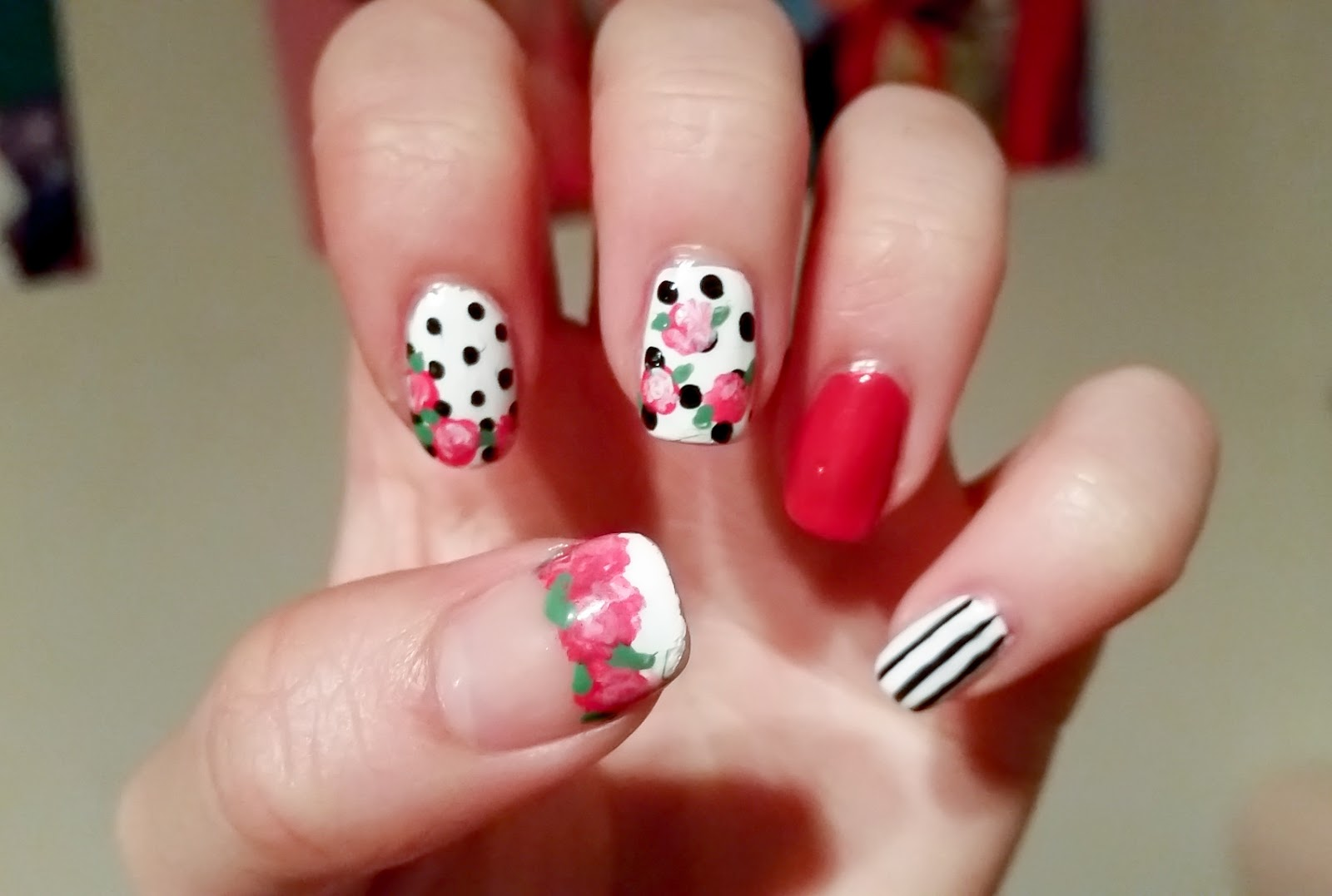 Beauty in Everyday Life: Get the [Nail] Look: Vintage Roses