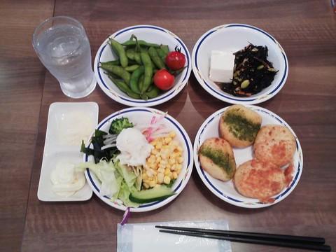 健康サラダバーランチ¥647-1 ステーキガスト一宮尾西店8回目