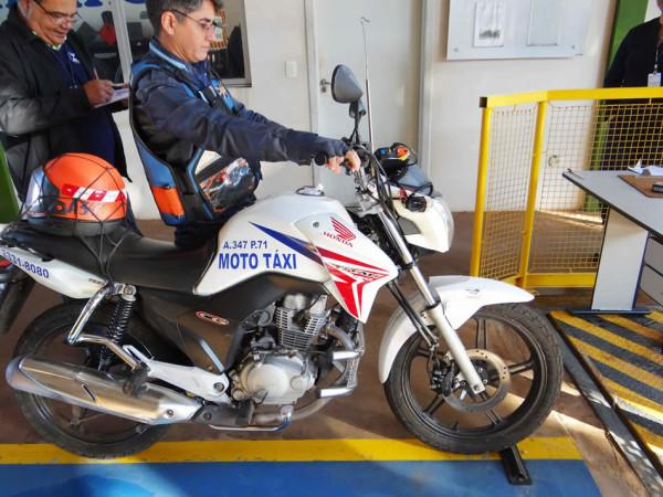 Mototaxímetros obrigatórios? Proposta foi aprovada! Equipamento custa R$ 950,00 reais!