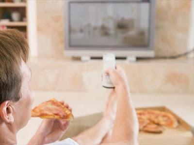 «Να βλέπω τηλεόραση κατά τη διάρκεια του γεύματος?»