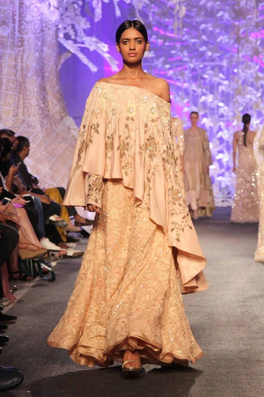 dress - Malhotra Manish elegant luxe collection video
