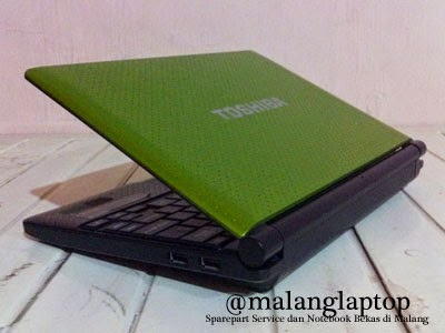 Netbook Bekas Toshiba NB520