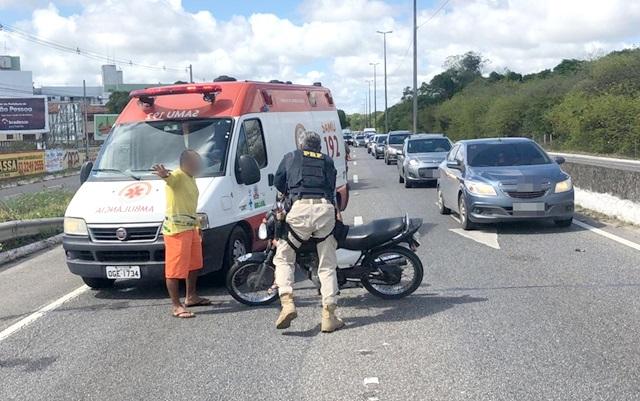 Acidente entre motos deixa quatro pessoas feridas na BR-230, na capital paraibana
