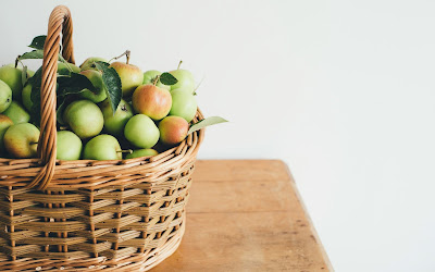 apples in basket widescreen hd wallpaper