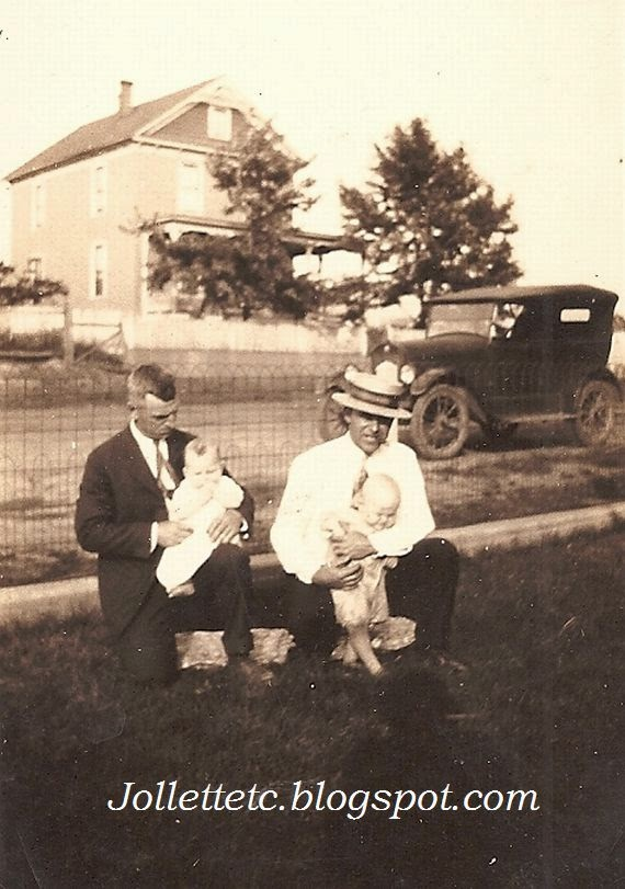 Orvin Davis and Orvin Jr. and friends 1925  http://jollettetc.blogspot.com