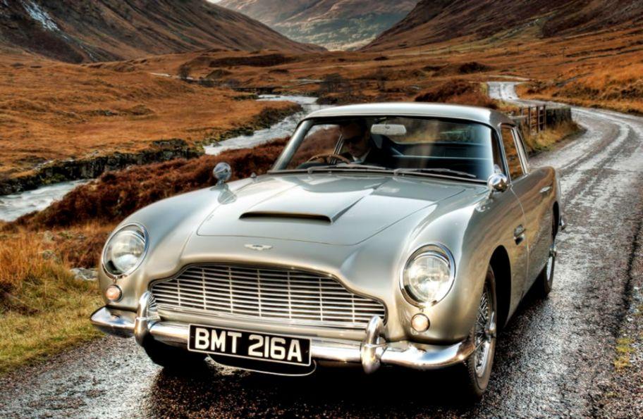 Aston Martin Db5 Road Hd Wallpaper Wallpapers In Aja