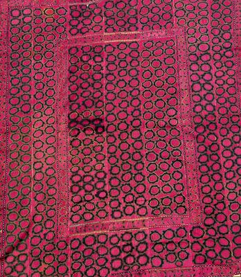 uzbek suzani, uzbekistan embroidery, uzbek traditional textiles